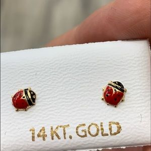 New 14k yellow gold red Lady Bug stud Earrings